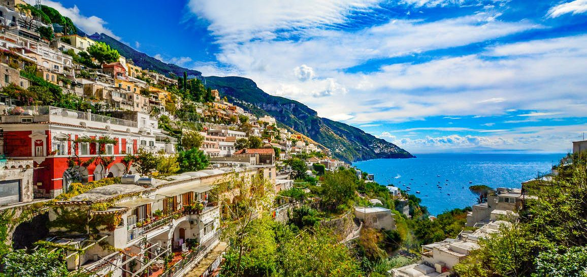 destinations for yacht charter italy