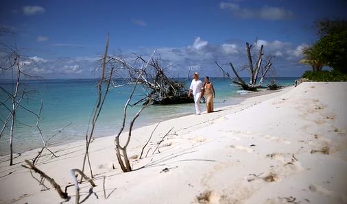 Denis Private Island Seychelles yacht trip