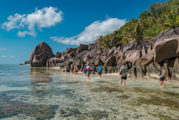 seychelles hiking yacht trip