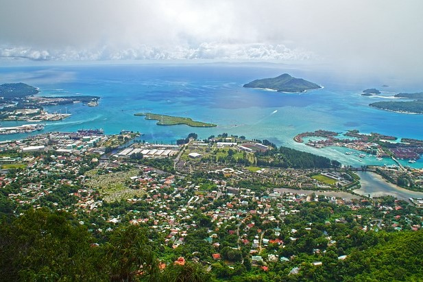 seychelles-mahe-victoria yacht trip