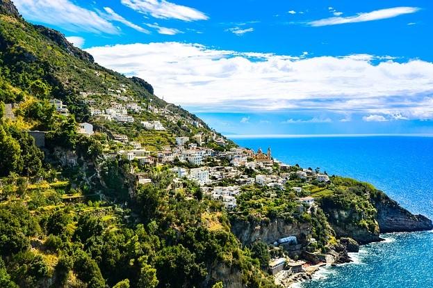 amalfi-italy-yacht-charter